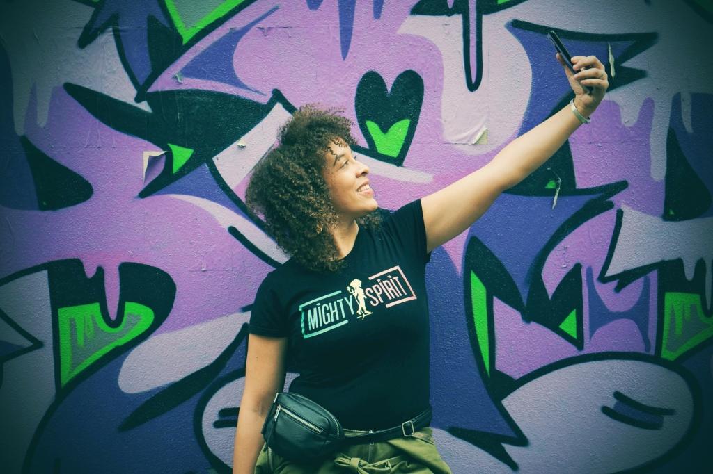 Laurie Festin, community manager, social media, didineta
